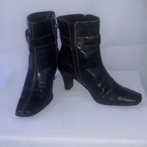 "BOOTIES black  AEROSOLES""  SZ 8B"